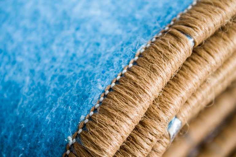 Чистка бахромы и  восстановление оверлока
